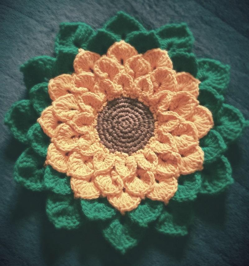 Gehäkelte Sonnenblume | das Häkelkabinett
